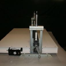 Omega Hand Squeeze Roll Aplicator (HSRA)